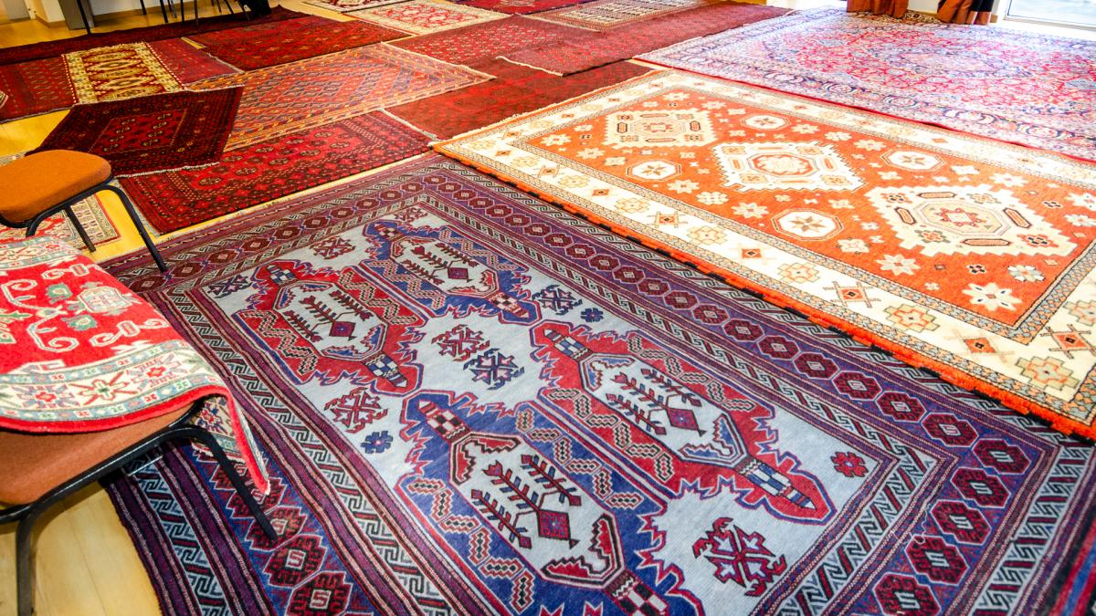 Persian rug sale in the small hall